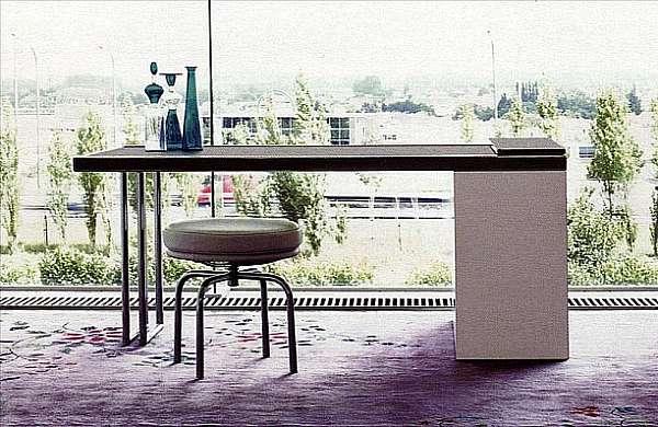 Tavoli Da Pranzo Cassina.Tavolo Cassina Ospite Tavoli E Sedie 1 Acquistare A Mosca